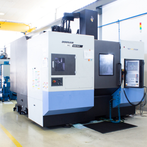 Doosan vc 870 SAX CNC milling machine
