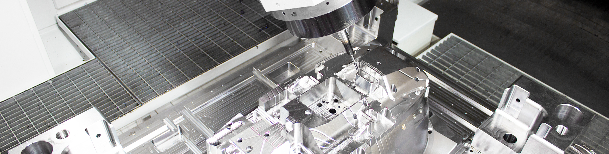 frame mold in UMIL 1800 milling machine