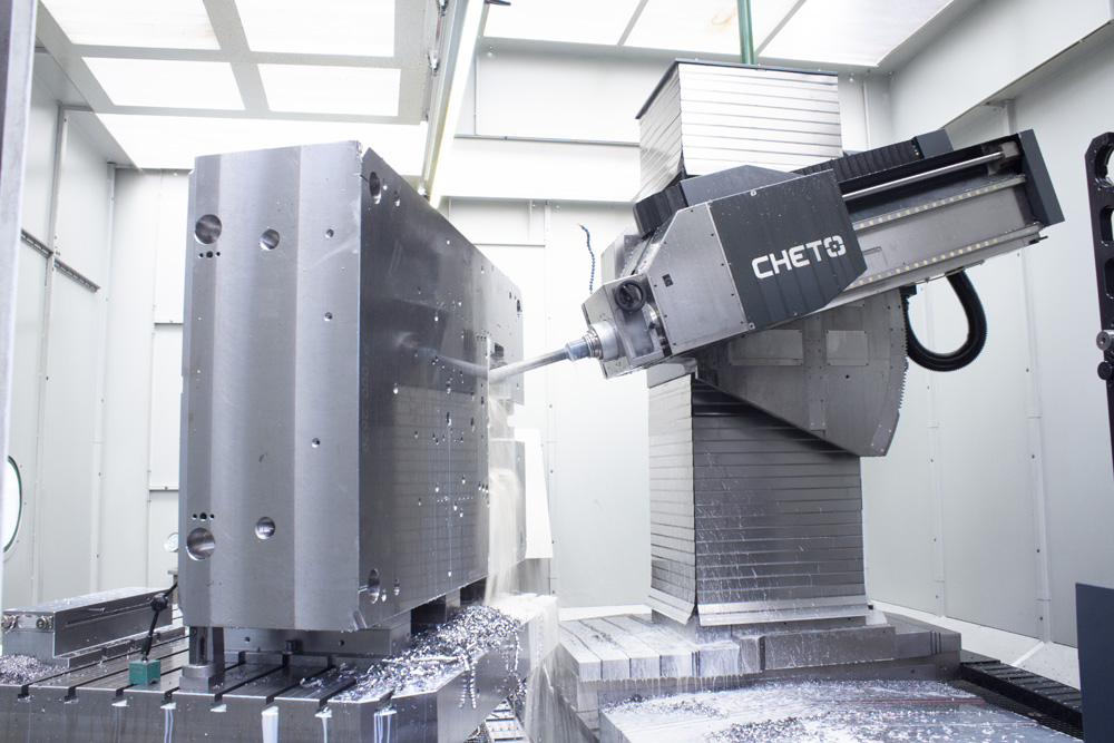 large sized mold being drilled in CHETTO drilling machine