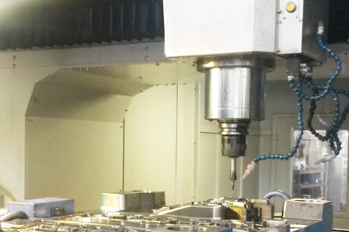 mold in milling machine