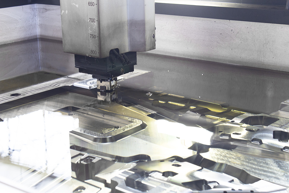 mold underwater in EDM machine