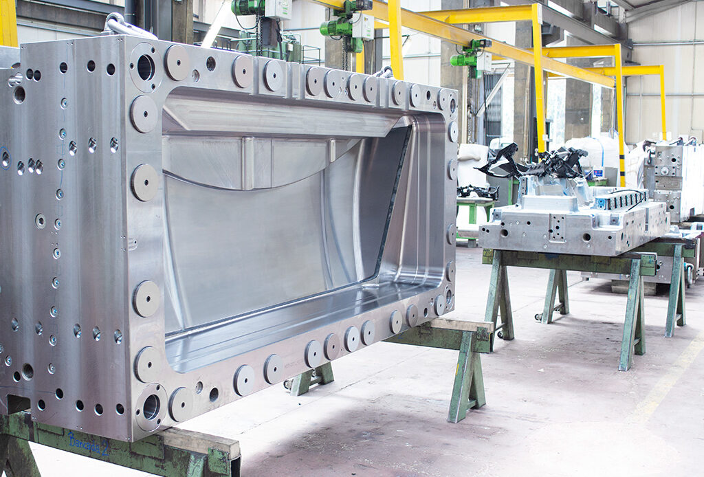 molds in factory bench at MOLDIT Industries